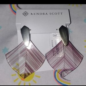Kendra Scott earrings dusty astoria drop